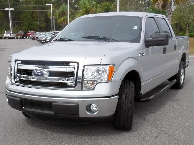 Super Crew Cab >> Pre Owned 2014 Ford F 150 Xlt Supercrew Rwd Crew Cab Pickup