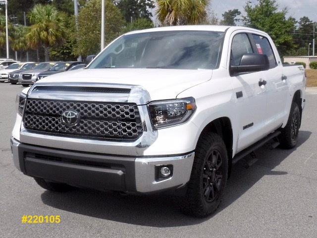 New 2020 Toyota Tundra 2WD SR5 CrewMax Large V8