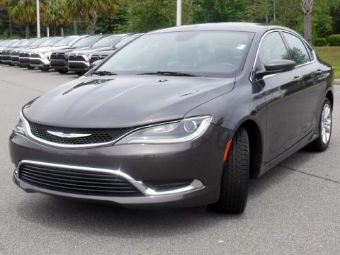 Pre-Owned 2017 Chrysler 200 Limited Platinum