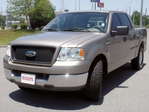 Pre-Owned 2004 Ford F-150 XLT SuperCrew