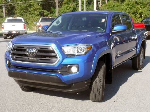 Certified Pre-Owned 2018 Toyota Tacoma SR5 Double Cab V6