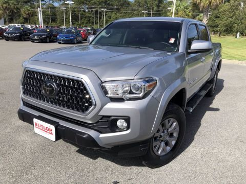 Pre-Owned 2018 Toyota Tacoma 4WD SR5 Double Cab V6