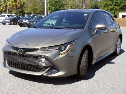 Certified Pre-Owned 2019 Toyota Corolla Hatchback SE Manual